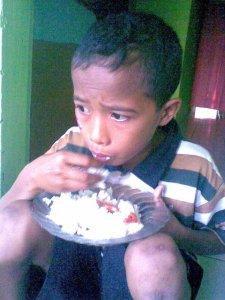 Miskin itu Lapar!!!